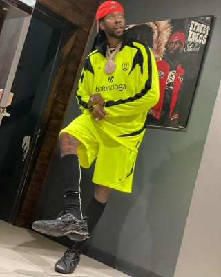 2 Chainz Weairng A Balenciaga Yellow Jersey Balenciaga Yellow Shorts And Balenciaga Black Sneakers