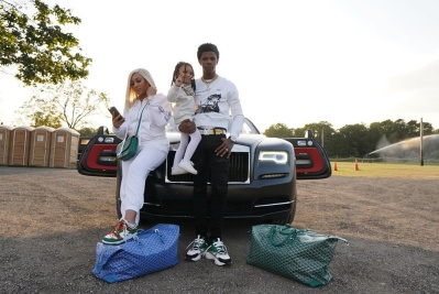 A Boogie Take A Family Road Trip In A Off White Hoodie Lv Belt Amiri Jeans Dior Sneakers And Goyard Luggage