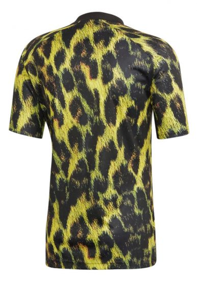 save off cdb58 23de8 Adidas Leopard Print Manchester United Kit | Incorporated Style