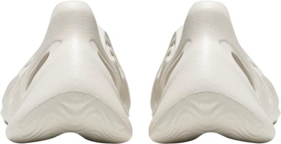 Adidas Yeezy G55486