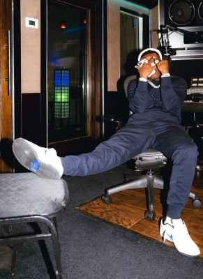 Dababy Wearing A Moncler Sweatshirt And Sweatpants With Nike Dunk Low Sb Sneakers