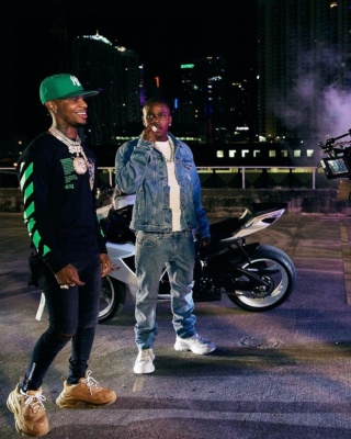 Dababy Wearing An Off White Denim Jacket With Off White Jeans And Alexander Mcqueen Sneakers