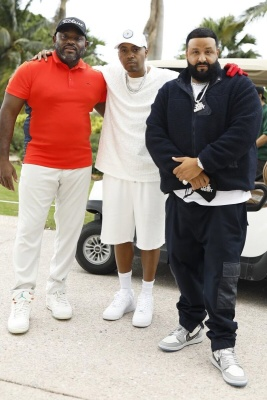 Dj Khaled Wearing A Dior Navy Blue Sherpa Fleece With Navy Cargo Pants And Air Dior Sneakers