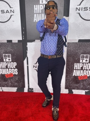 Fivio Foreign At The 2021 Bet Awards In A Full Louis Vuitton Outfit
