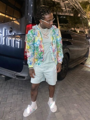 Jacquees Wearing A Multicolor Louis Vuitton Jacket And Sandals