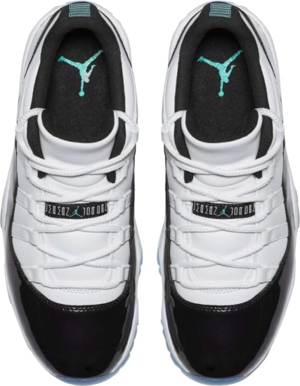 Jordan 11 Low Black And White