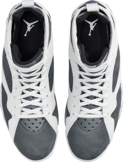 Jordan 7 Reto White And Grey Suede Sneakers