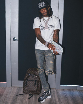 King Von Fans His Cash In Chrome Hearts Hat Lv T Shirt Amiri Denim And Dior Sneakers