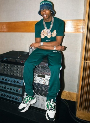 Lil Baby Wearing A Green Palm Angels Dior And Off White Fit