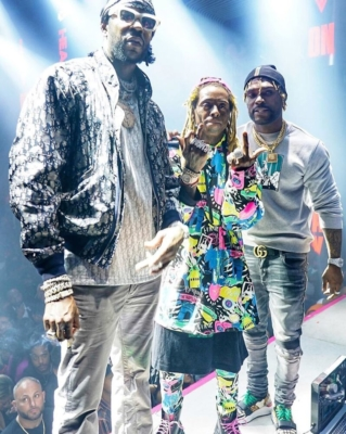 Lil Wayne 2 Chainz Performing In Dior Balenciaga Louis Vuitton