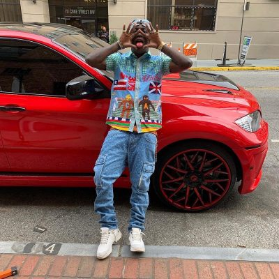 Lil Yachty Instagram Wearing Patchwork Shirt And Cargo Jeans From 3 29 19