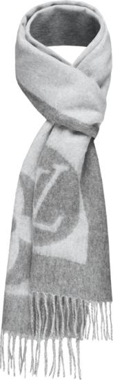 Louis Vuitton Grey Wool Cardiff Scarf