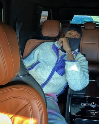 Meek Mill Wearing A Dior White And Purle Sherpa Fleece Jacket