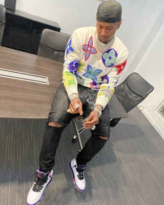 Moneybagg Yo Wearing A Lv Monogram Sweater With Rta Jeans And Jordans