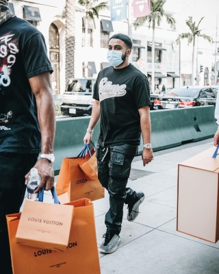 Nav Shops In La Wearing Rick Owens Cargo Pants Yeezy Qnrm Sneakers And A Cartier Watch
