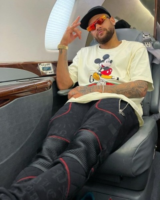 Neymar Wearing Balenciaga Ski Sunglasses And A Gucci T Shirt