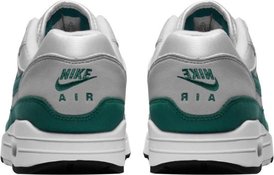 Nike Air Max 1 Evergreen Sneakers