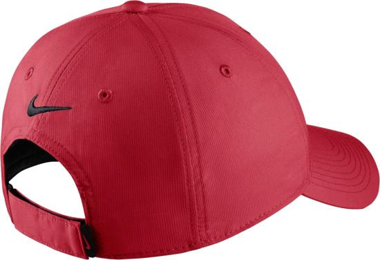 Nike White Black Golf Hat
