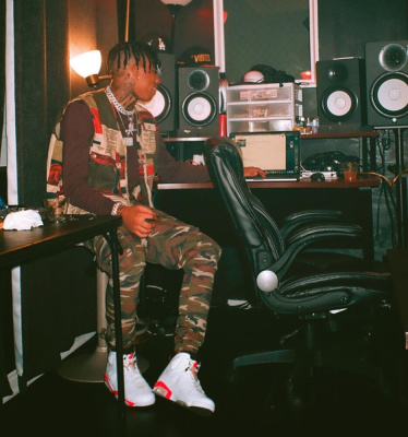 Nle Choppa At The Recording Studio In A Billionaire Boys Club Patchwork Vest And Jordans