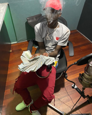 Quondo Rondo Smokes In The Studio In A Cdg Tee Y3 Hat And Jordans